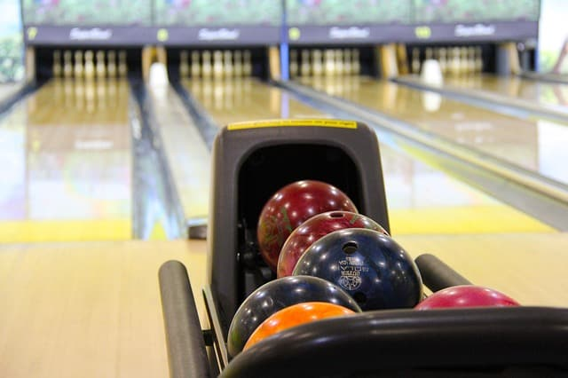 smithtown bowling fun blog header